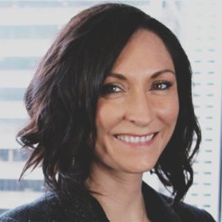 Rachel Phillips Headshot